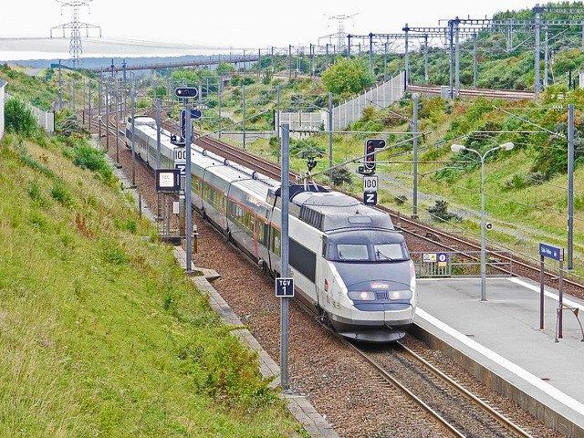 Atentionare de calatorie MAE pentru Franta: Greva in transportul feroviar si aerian
