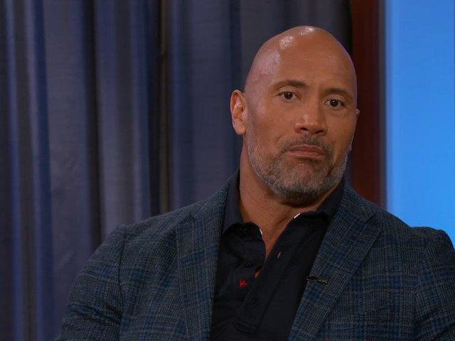 "Actorul Dwayne Johnson marturiseste ca a suferit de depresie: ""Plangeam constant"""