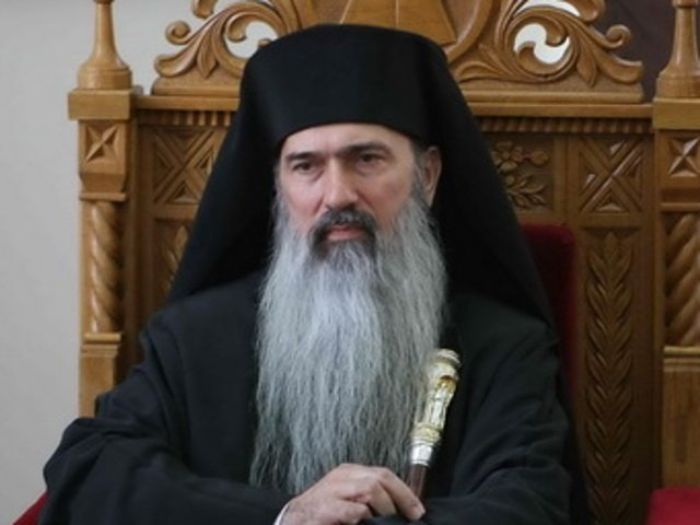 Arhiepiscopul Teodosie va aduce lumina de pe mare in Noaptea de Inviere