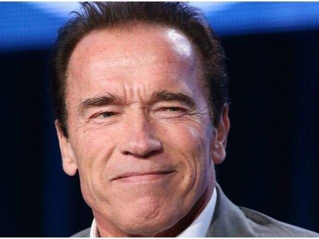 Arnold Schwarzenegger s-a intors acasa dupa o operatie pe cord