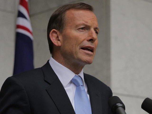Australia: Minimum doua luni de inchisoare pentru DJ-ul care i-a dat un cap in gura fostului premier
