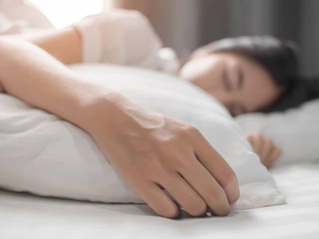 Persoanele care se culca tarziu au un risc de mortalitate mai ridicat decat cei care dorm devreme