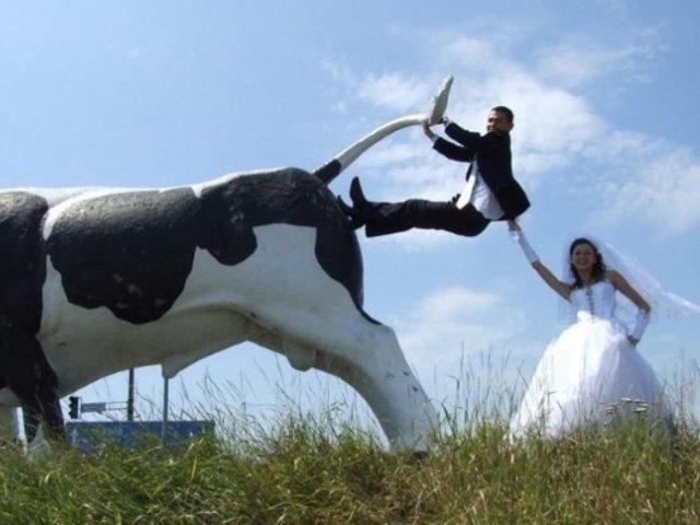 Rusii au... umor! 10+ cele mai amuzante imagini facute la nuntile rusesti