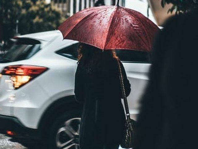 Meteorologii anunta ploi si scaderi de temperatura in perioada urmatoare