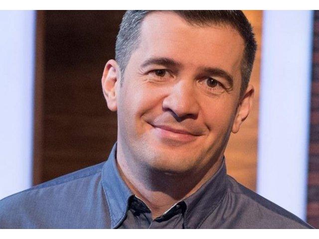 """Dragos Patraru, amenintat ca va fi scos din grila de programe a TVR daca mai vorbeste """"prostii"""""""