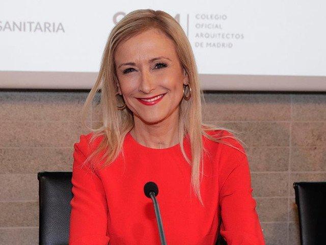 Sefa regiunii Madrid si-a dat demisia dupa ce a aparut o inregistrare ce ar arata-o cand fura o crema cosmetica / VIDEO