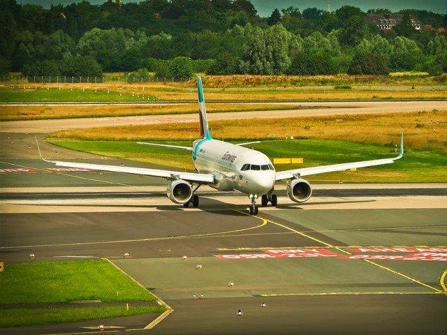 7 secrete pe care fiecare pasager trebuie sa le afle inainte de a calatori data viitoare cu avionul