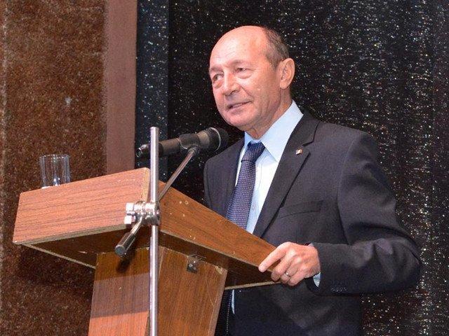 Basescu: Nu suntem de acord ca Romania sa aiba un guvern condus de o marioneta