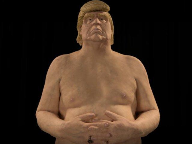Statuie nud a lui Donald Trump, adjudecata contra sumei de 28.000 de dolari