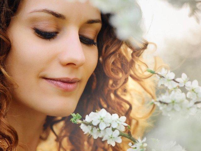 "10 antioxidanti naturali care iti mentin pielea sanatoasa si ""amana"" imbatranirea"