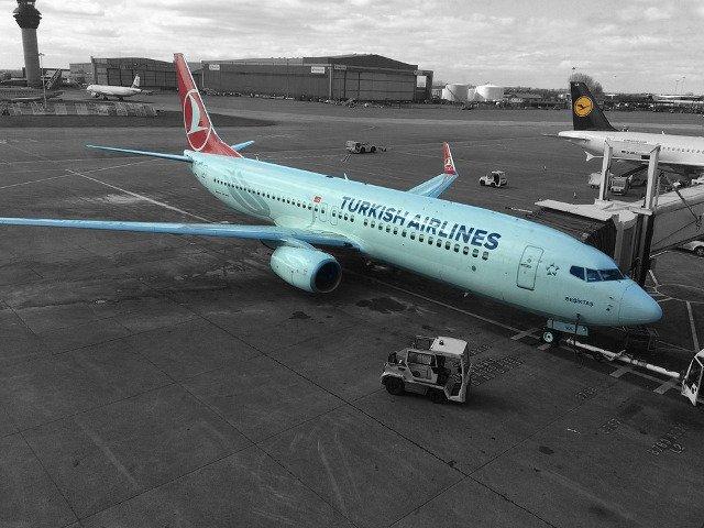 Doua avioane de pasageri s-au ciocnit pe aeroportul Ataturk din Istanbul/ VIDEO
