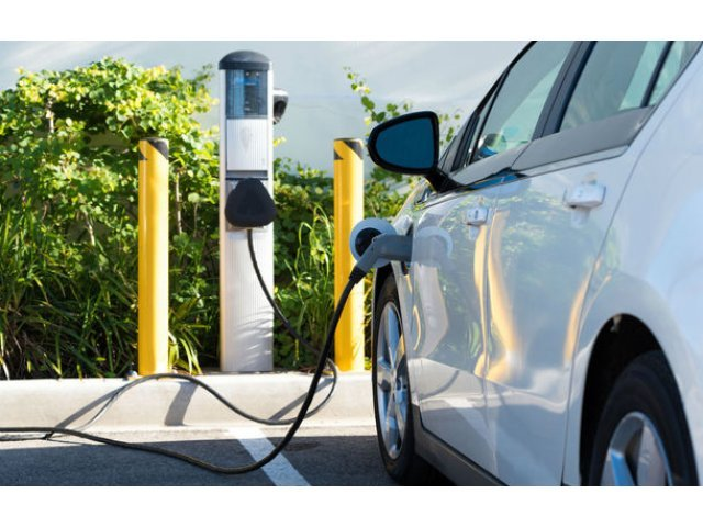 Primaria Cluj-Napoca va achizitiona trei masini electrice pentru Politia Locala