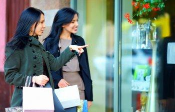 5 trucuri folosite de comercianti la prezentarea produselor, de care clientii nu isi dau seama