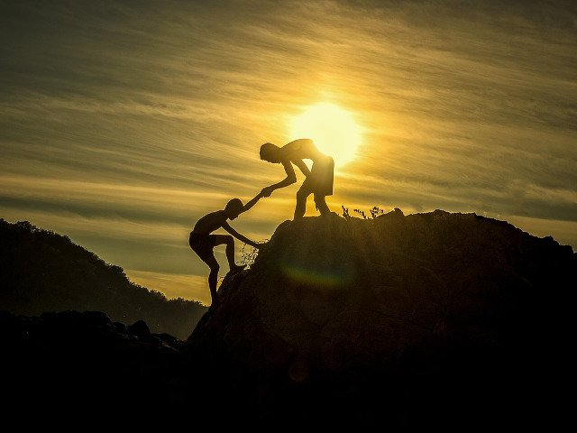 Top 10 citate motivationale care te vor intari in momentele grele din viata