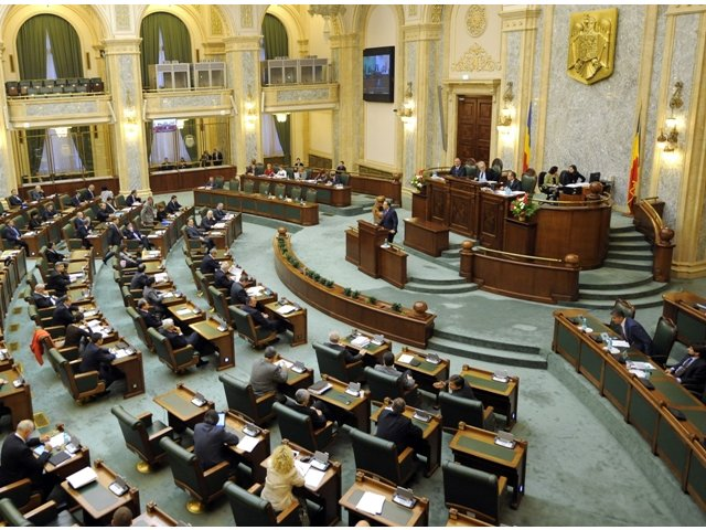 Senatul a adoptat tacit proiectul de modificare a Legii pentru prevenirea, descoperirea si sanctionarea faptelor de coruptie