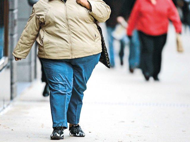 Cinci milioane de britanici vor suferi de obezitate morbida pana in 2035