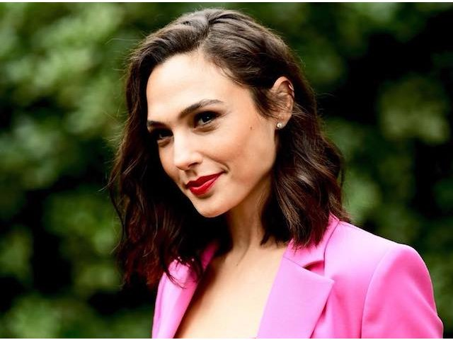 Actrita Gal Gadot a refuzat invitatia de a fi gazda editiei din 2019 a Eurovision