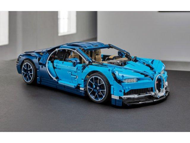 Pentru copilul din tine: Lego a pregatit un Bugatti Chiron din 3.599 de piese