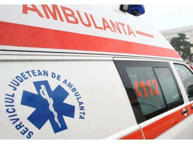 Un tanar din Agres a murit dupa ce s-a izbit cu masina de un parapet