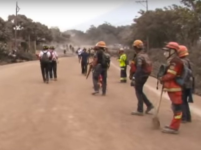 Bilantul victimelor eruptiei unui vulcan activ in Guatemala a crescut la 62 de morti