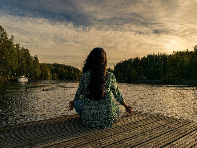 10 lucruri pe care le poti face in fiecare zi pentru a-ti proteja sanatatea mintala