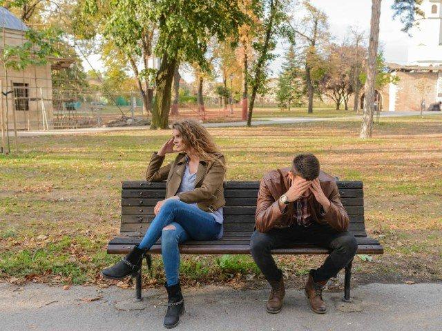 10 semne ca faci parte dintr-o relatie in care esti abuzat emotional