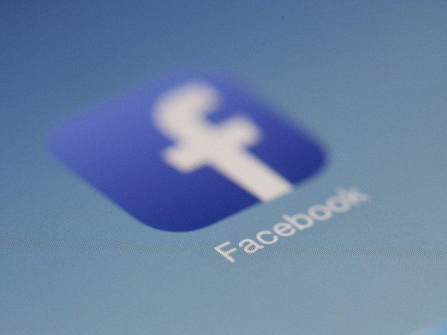 Noua gafa Facebook: Un virus informatic a facut publice mesajele a 14 milioane de utilizatori
