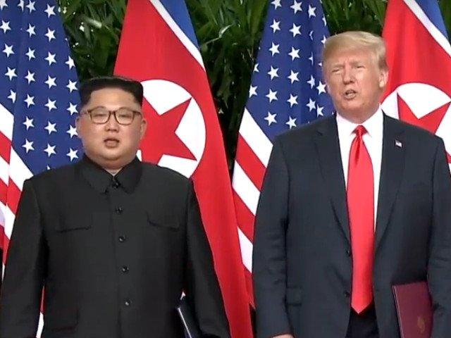 Limbajul corpului Trump-Kim: Amandoi au incercat sa se impuna, dar au dat si semne de anxietate