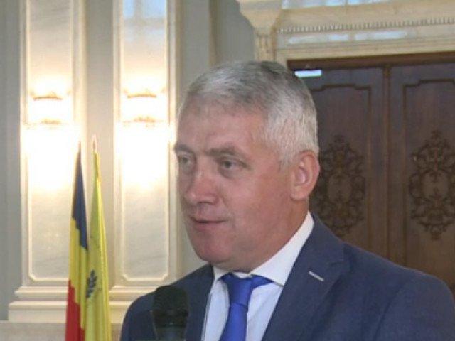 """Adrian Tutuianu sustine ca huiduielile spectatorilor ar denota doar """"foarte multa ura"""""""