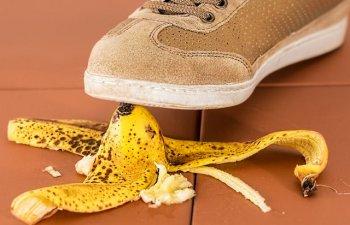 Nu le mai arunca. 10 moduri neobisnuite de a folosi coaja de banana