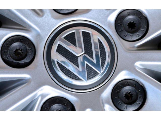 Volkswagen a fost amendat cu un miliard de euro in Germania pentru trucarea emisiilor diesel
