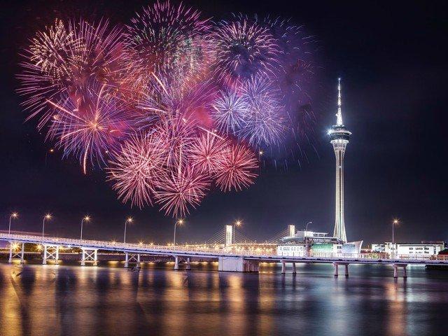 10+ curiozitati interesante despre artificii. Stiati ca exista oameni care au fobie de ele?
