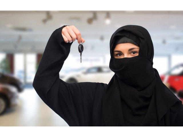 Zi istorica in Arabia Saudita: femeile au primit dreptul de a conduce masini
