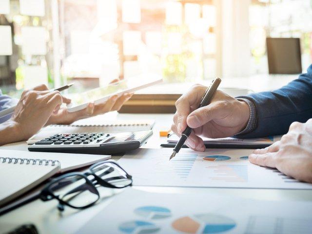 Cum sa faci un buget de salarii pentru afacerea ta: 5 aspecte pe care sa le ai in vedere