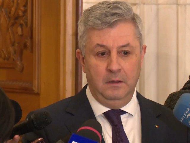 Comisia pentru legile Justitiei: Mituitorul nu se pedepseste daca denunta fapta, nu mai tarziu de un an de la data savarsirii ei