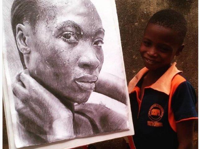Un baietel de 11 ani din Nigeria uimeste cu picturile hiperrealiste