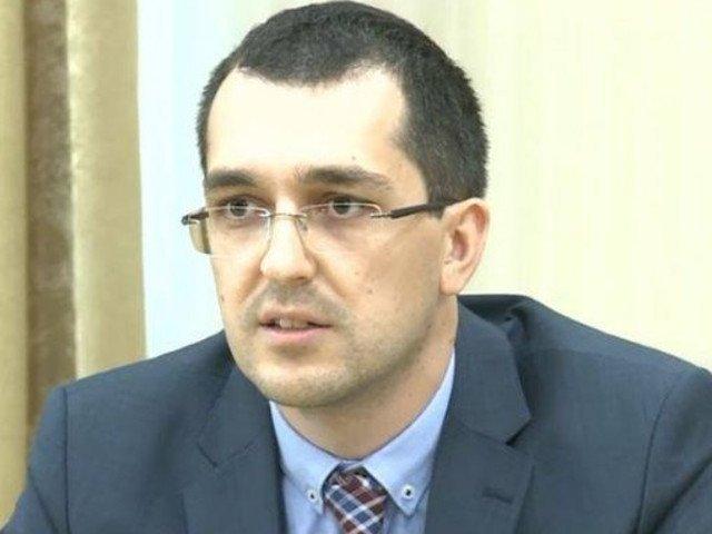 Reactia acida a lui Vlad Voiculescu, dupa votul la Codul penal