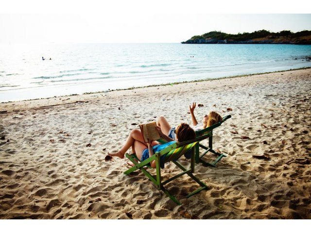 7 greseli pe care le faci atunci cand aplici lotiune de plaja