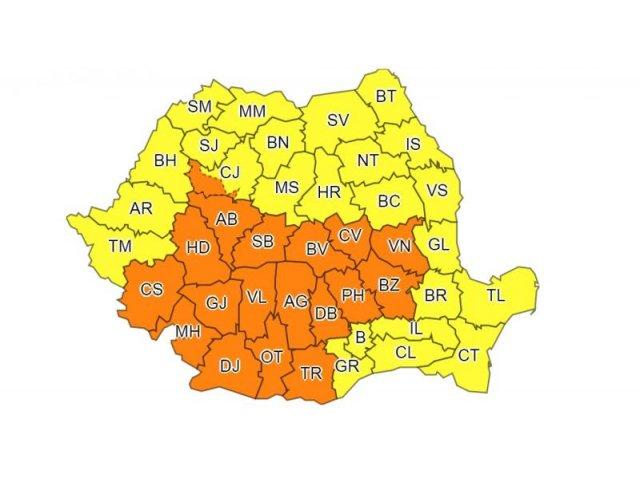 18 judete, sub Cod portocaliu de ploi torentiale. Cod galben in restul tarii, inclusiv in Bucuresti