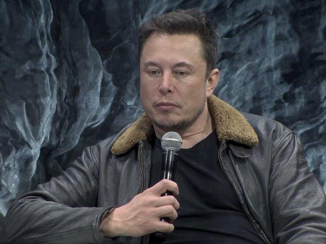 Musk sustine ca salvatorul copiilor din pestera din Thailanda, care i-a luat in ras submarinul, este pedofil