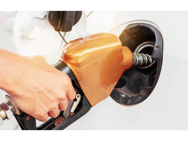 """Supraacciza la carburanti ar putea fi eliminata: """"Efectul pozitiv ar fi pentru populatie"""""""