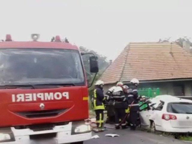 Doua persoane au murit intr-un accident petrecut pe DN 11