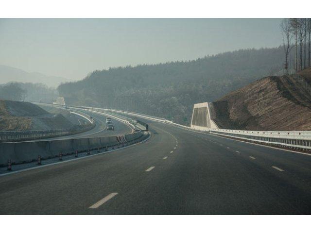Romania are inca 29 de kilometri de autostrada: s-a deschis circulatia pe tronsonul Aiud - Turda de pe A10. Viteza maxima este 120 km/h