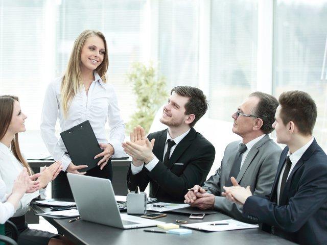 5 moduri prin care impresionezi in cadrul unei intalniri de afaceri