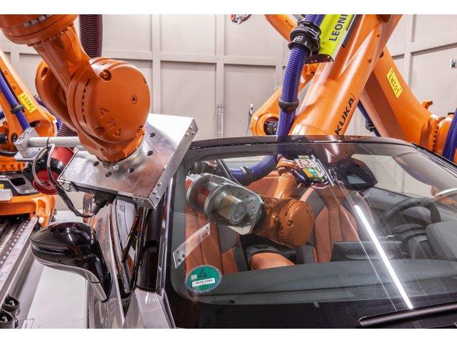 VIDEO. Tomografia computerizata si inteligenta artificiala, folosite in constructia de masini