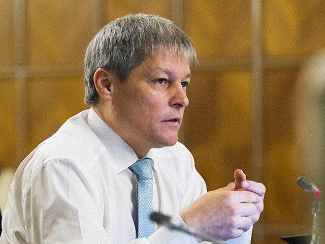 Ciolos: Reactia fortelor de ordine este un precedent extrem de periculos pentru democratia romaneasca