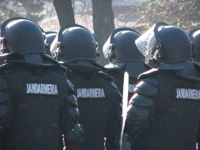 Procurorii militari au deschis dosar penal cu privire la modul de interventie al jandarmilor si incidentele din Piata Victoriei