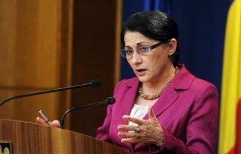 Ecaterina Andronescu cere retragerea liderului Liviu Dragnea si demisia guvernului