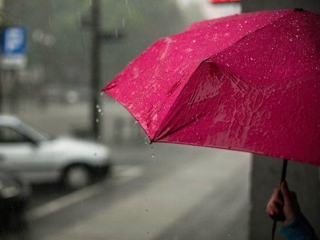 Informare meteo: Ploi torentiale, vijelii si grindina pana vineri