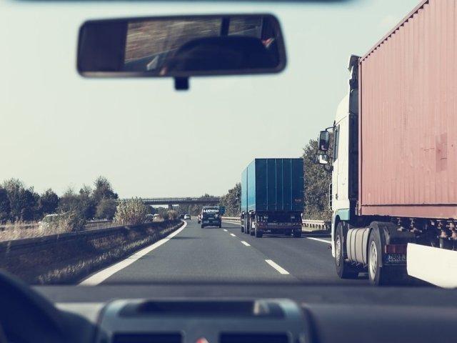 Atentionare de calatorie pentru Italia: Circulatie rutiera ingreunata in zona orasului Genova, pe autostrada A10